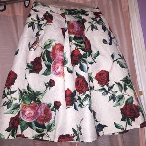 Floral skirt with roses