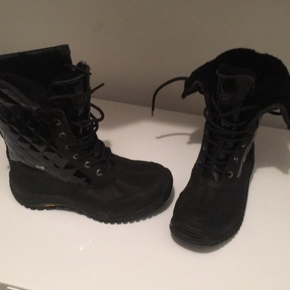 Brand New UGG Women's Adirondack II Quilted Boots