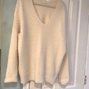Cream colored pullover Vince sweater