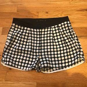 adorable black and white checkered zara shorts