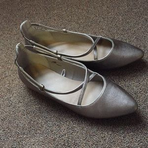 Gap shimmer flats size 9 worn once