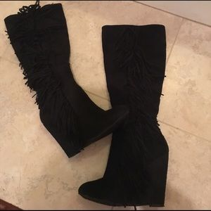 Black Fringe Wedge Boots Size 7