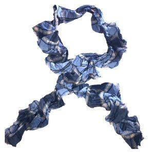 Banana Republic plaid scarf 🧣