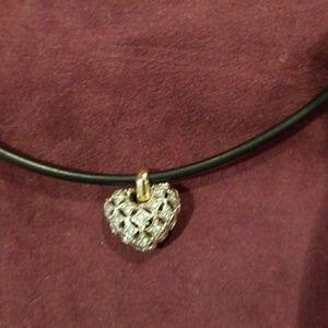 Jewelry - Diamond and 14K gold pendant