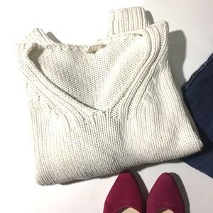 {Anthropologie} Moth cropped sweater