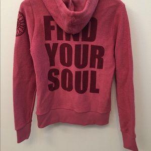 🆕NWT Soul Cycle Pink XS Sweatshirt