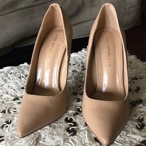 Missguided Nude Heels Size 6 New - Never Worn