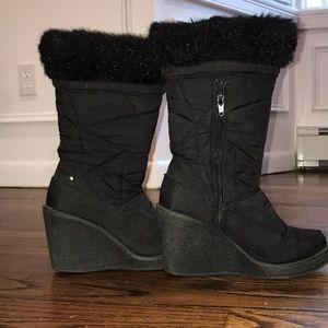 Report platform snow boots