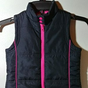 🌼🌿🌸3 for $10 Adorable Girls l.e.i. Puffer Vest