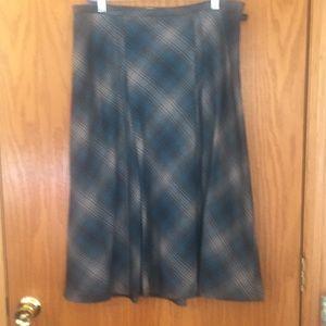 Pendleton 100%virgin wool skirt, plaid gray/blue