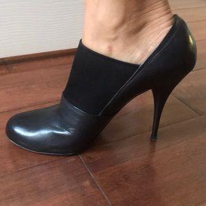 Miu Miu black leather pumps size 40