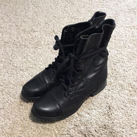 f234389f236 Steve Madden Shoes - STEVE MADDEN TROOPA BLACK COMBAT BOOT SIZE 6