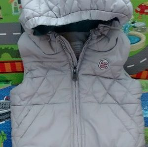 Zara hooded puffer quilted vest size 2/3 years