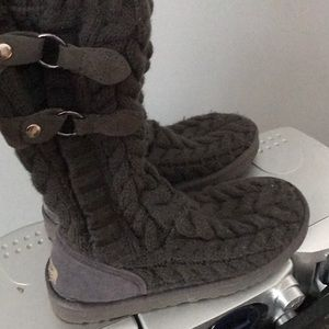 Shoes - UGG sweater boots