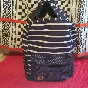 GAP rolling backpack 🎒