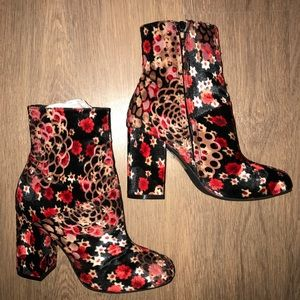 Urban Outfitters floral velvet booties 6