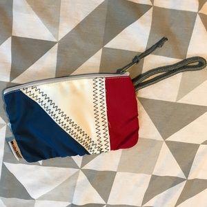 ⚓️⛵️ EUC Vintage sail wristlet zipper pouch