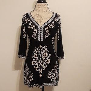 White House Black Market Tunic