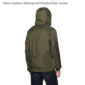 Dockers Mens Hudson Waterproof Hooded Rain Jacket