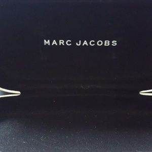 Marc Jacobs eyeglass/sunglass case