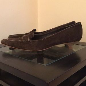 Banana Republic Kitten Heel- suede -size 8.5