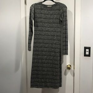 Gray Bodycon cute with pumps, boots or sneakers!