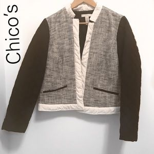 Chico's Lightweight Coat  w/ quilted Sleeves