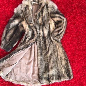 Jackets & Blazers - Long Wolf Fur Coat M-L Women's