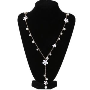 White Flower & Pearl Long Drop Retro Gold Necklace