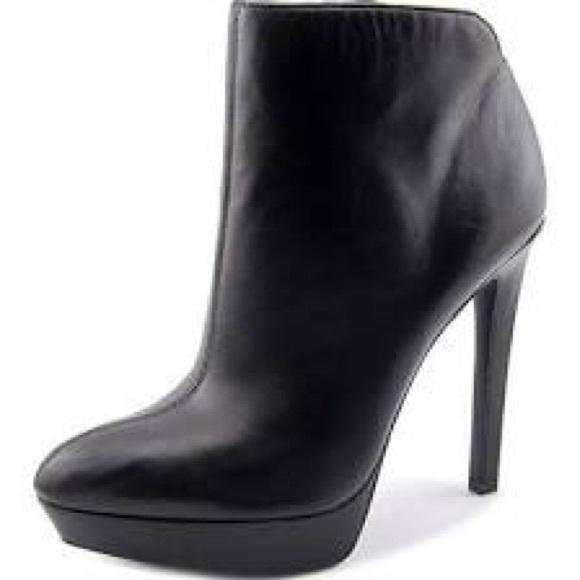14cd47ec70fd Jessica Simpson Shoes - Jessica Simpson Zamia Leather Platform Bootie