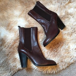 Michael Kors Leather boots!!