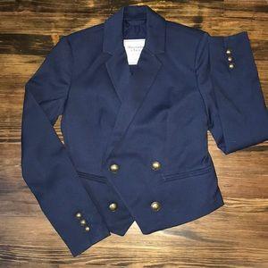 Cropped navy A&F blazer