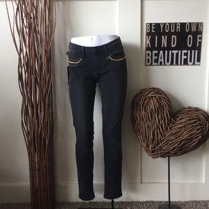 Rock & Republic skinny jeans embellished pockets