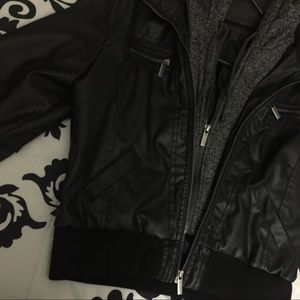 Black leather jacket w sweater
