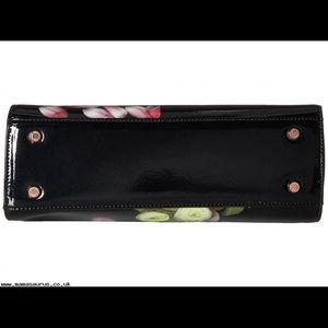 fe4a84ec6 Ted Baker Bags - 🎁 TED BAKER WOMEN THALIA FLORAL LADY BAG 🎁