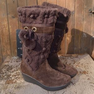 Report Brown Flurry Knit and Suede Wedge Boots 8.5