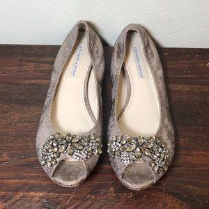 GUC Vera Wang Lavender Rhinestone Snake Skin Flats