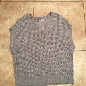 Jennifer Lopez Grey Knit Sweater