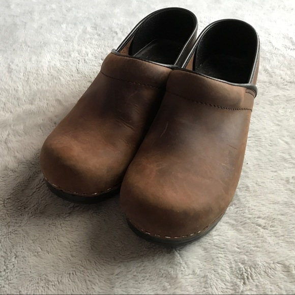 6a1934d20457f Dansko Professional Antique Oiled Leather Clogs