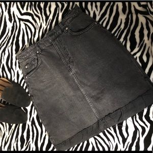 H&M | Black Denim Skirt | NWOT