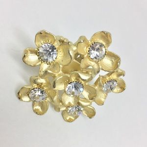Jewelry - Adjustable gold ring with clear stones