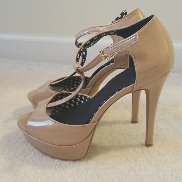 b6bc7580f217 Jessica Simpson Shoes - Jessica Simpson Bansi patent nude platform 8.5