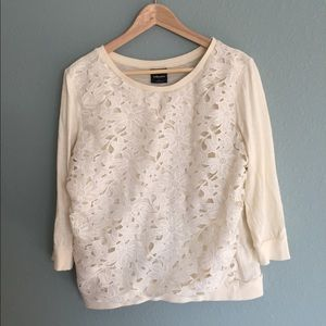 3/4 length sleeve lace front sweatershirt