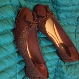 Rich BROWN SWEDE and tweed flats