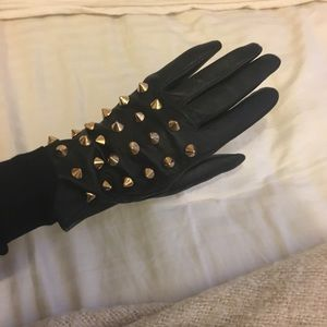 Accessories - Faux leather gold studded gloves