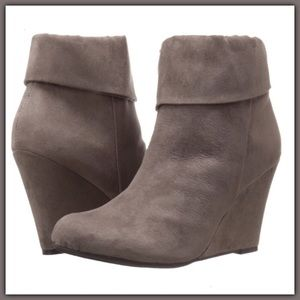 Shoes - NWT Gray brown wedged booties / ankle boots