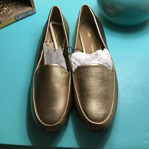 NWT Metallic Gold GAP Loafers