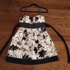 Tie-Back Sundress!