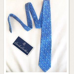 Brooks Brothers blue paisley design tie