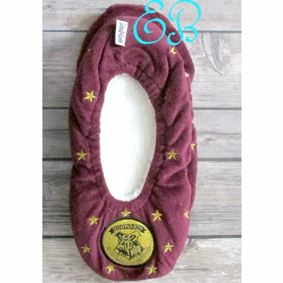 10d67613cd8b Harry Potter Shoes - Harry Potter Cozy Gryffindor Velveteen Slippers